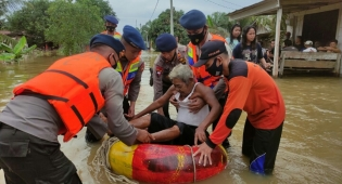 Akibat Guyuran Hujan Dalam Beberapa Hari, Desa Penyaguhan Kecamatan Batang Gangsal Alami Banjir