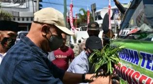 Bupati Lepas Pengiriman Dua Setengah Ton Tembakau ke Sumut