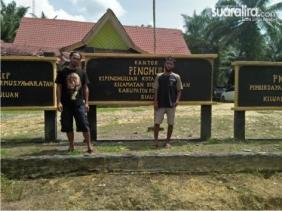 Sugiat Resmi Melaporkan TS dkk ke Polda Riau