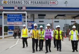 Jokowi: Pembangunan Jalan Tol Jangan Tunggu IRR Tinggi