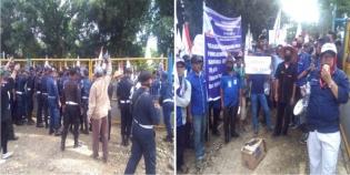 Ratusan Buruh DPC F SBSI Kabupaten Kampar, Geruduk Kantor PT Padasa Enam Utama