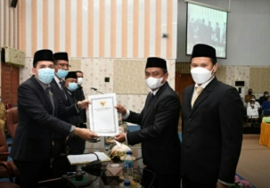Ketua DPRD Sergai Pimpin Paripurna Pengangkatan Serta Pemberhentian Bupati dan Wakil Bupati