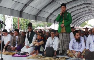 Puluhan Ribu Umat Muslim Taipei Gelar Salat Id