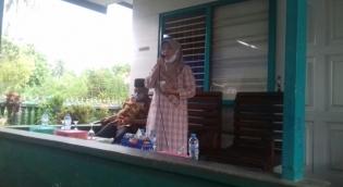 Calon Bupati RL 'Ibu Sus' Menghadiri Pengajian di Desa Sambirejo Transad BUR