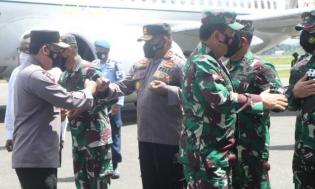 Kunjungi Papua, Panglima TNI Dengar Curhat Komandan Wilayah
