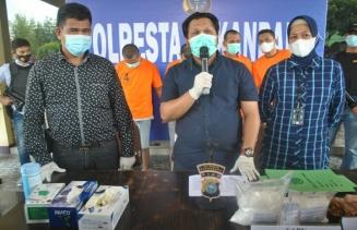 Sita 2,9 Kilogram Sabu, Polresta Pekanbaru Gulung 7 Tersangka Komplotan Jaringan Narkoba