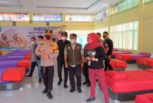 Tinjau Isoter Asrama Haji, Kapolda Riau : 'Tetap Semangat Ini Tugas Yang Mulia'