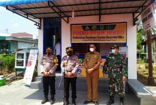 Dokkes Polda Riau Tinjau Posko PPKM di Rohil
