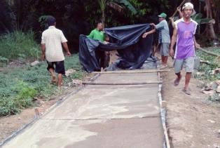 TMMD Terus Melaju, Pekerjaaan Semenisasi Desa Tambak Dipacu