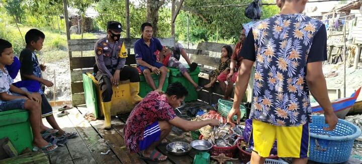 Giat Sambang Warga Polsek Panipahan di Dusun Sungai Tengar Laut