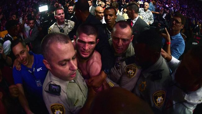 Khabib Siap Aniaya Calon Lawan Usai Comeback di UFC