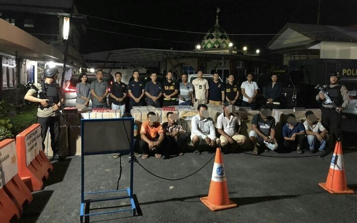 Polres Inhu Berhasil Mengamankan Lima Unit Mobil Pembawa Rokok Ilegal