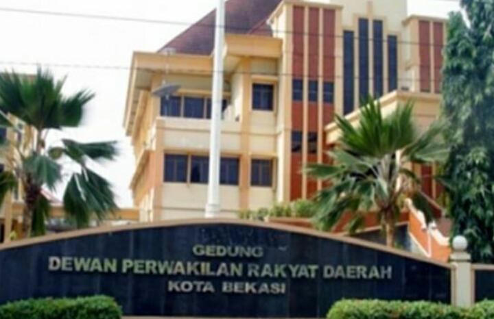 Senin Depan, 4 Pimpinan DPRD Kota BekasiAkan di Lantik