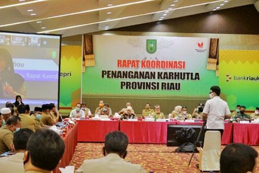 Bupati Siak Hadiri Rakor Pencegahan dan Penanggulangan Karhutla Riau