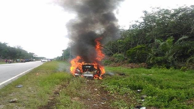 Tabrakan Maut di Koto Gasib, Mobil Terbakar dan Sopir Meninggal