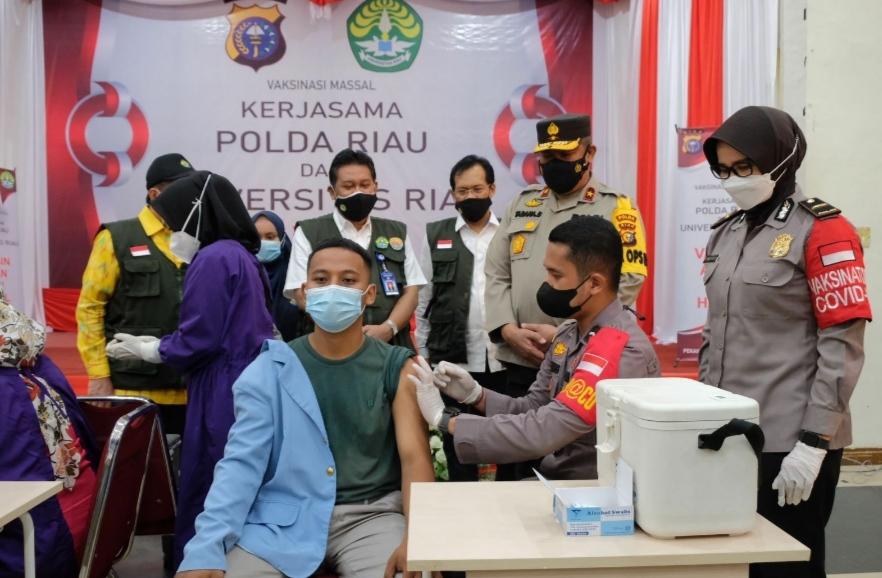 Gandeng Unri, Polda Riau Dorong Percepatan Herd Immunity Kampus
