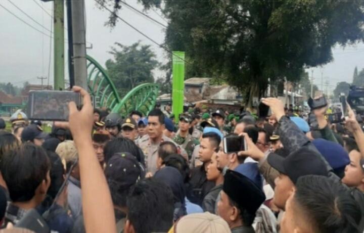 Kapolda Jabar Bubarkan Bentrok Dua Massa di Sukabumi