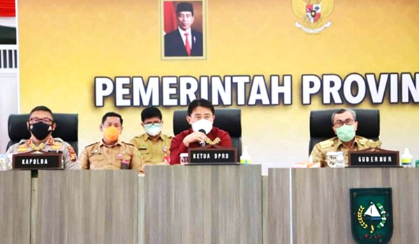Pimpinan DPRD Riau Ikuti Rapat Secara Virtual Penanganan dan Pencegahan Covid-19