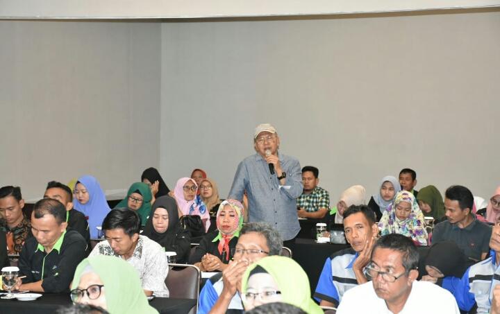 Bupati Sergai Jadi Narasumber Kegiatan Fokus Group Discussion For Trainer BKAD