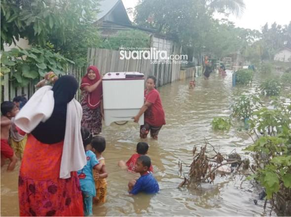 Intensitas Hujan Tinggi, Sejumlah Kawasan Di Aceh Tamiang Mulai Terendam Banjir