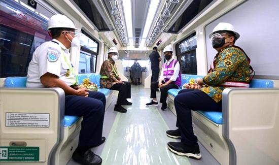 Presiden: Progres Pembangunan LRT Jabodebek Capai 84,7 Persen
