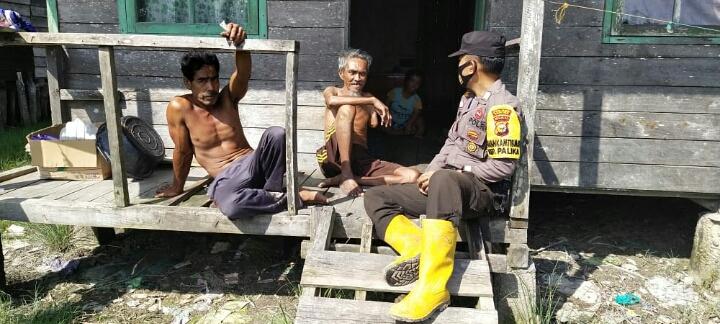 Polsek Panipahan Gelar Giat Sambang Warga di Dusun Sungai Tengar Laut