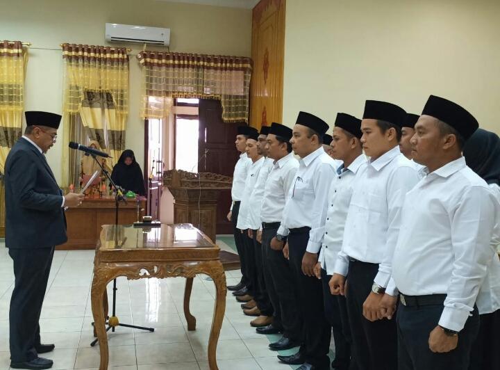 Bupati Aceh Tamiang Lantik 16 Pejabat Pengawas Eselon IV