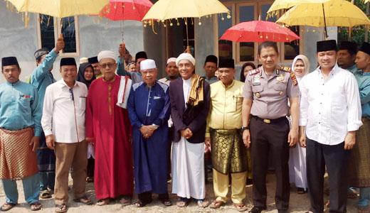 Kegiatan Religius, Husni Tamrin Hadiri Pembukaan Khalwat Suluk di Pelalawan