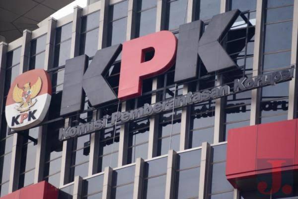 Dua Tersangka Kasus Korupsi Proyek Jembatan Bangkinang Ditahan KPK