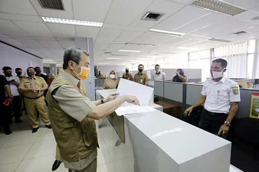 Tingkat Kehadiran Pegawai Pemprov Riau Capai 99,4 Persen di Hari Pertama Masuk