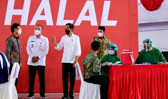 Juli Mendatang, Presiden Jokowi Targetkan Satu Juta Vaksinasi Per Hari