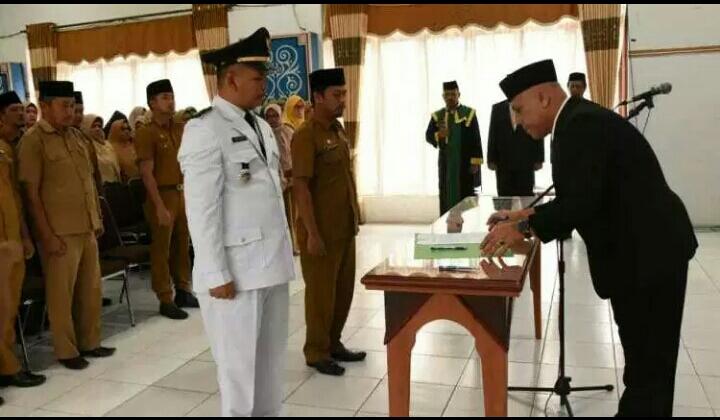 Bupati Lantik Kabag Humas Setdakab Aceh Tengah.
