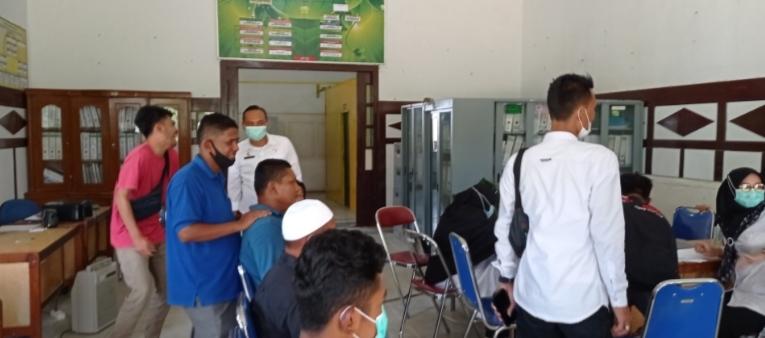 Seluruh Pegawai DLHK Aceh Tamiang Jalani Vaksinasi COVID-19 Tahap I