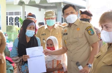 Putus Rantai Covid-19, Pemkab Sergai Jemput Bola Vaksin Lansia Kerumah Warga