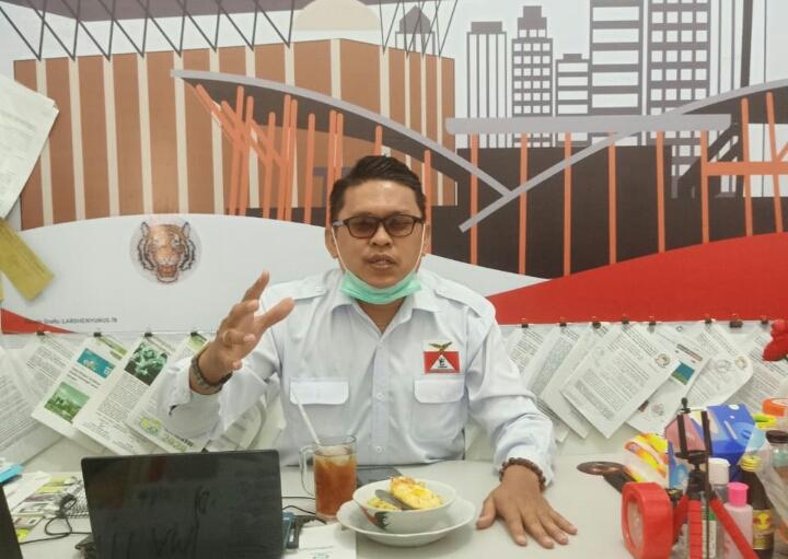 Aktivis Ini Tagih Janji Kapolri dan Kapolda Riau Terkait Karhutla, Larshen Yunus : 'Segera Copot dan Nonjobkan Kapolres Pelalawan'