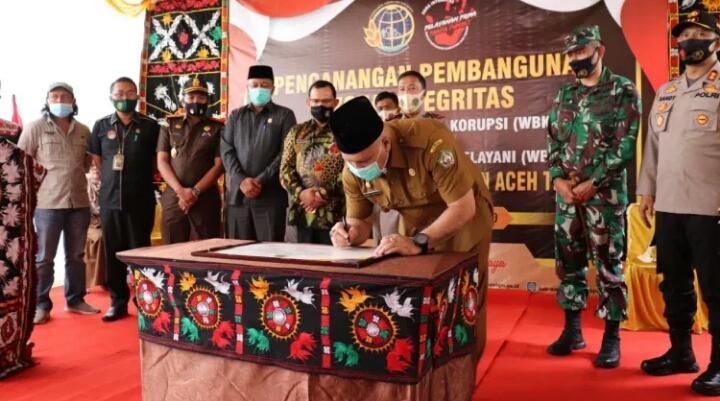 Bupati Hadiri Pencanangan Zona Integritas di Kantor Badan Pertanahan  Aceh Tengah