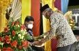 H Mursil Sambut Penugasan Kajari Aceh Tamiang Dengan Peusijuk