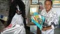 Viral Di Medsos, Guru Honorer Cari Tambahan Rezeki Jadi Hantu di Panggung Organ Tunggal