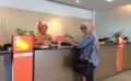 Peringati Hari Kartini, BNI Jababeka Bagi-bagi Souvenir