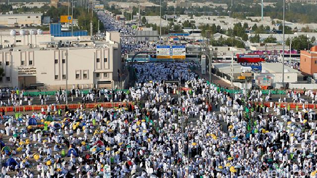 Laksanakan Wukuf, Para Jemaah Haji Padati Arafah